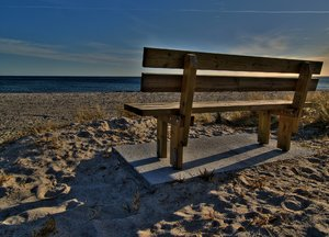 Beach Bench - HDR: No description
