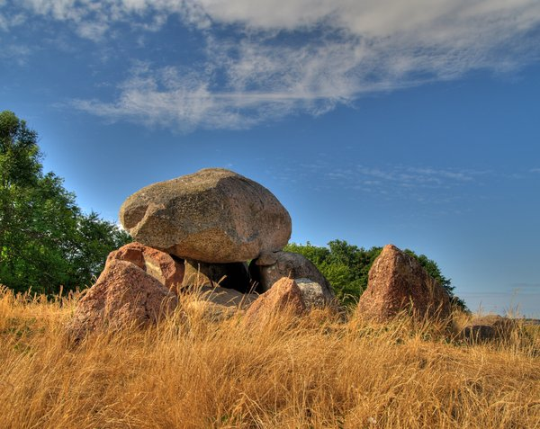 Burial mound - HDR
