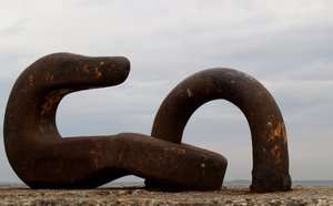Hook (me up): A giant hook in the harbour