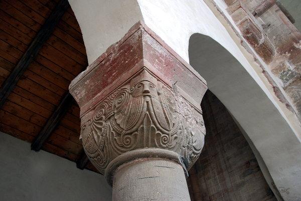 Romanesque capital Druebeck