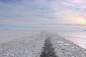 Been there: Making way through Ross Sea, Antarctica