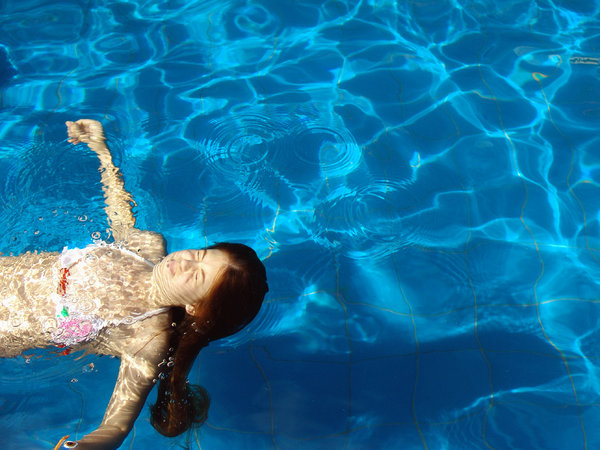 > Swimming Pool 1: Nadando, Brasília, Brasil | 2007Swimming in the swimming pool, Brasilia, Brazil, 2007It's free, however will be possible credits the photo.by Marcelo TerrazaFoto livre, porém se for possível credite a foto. Marcelo TerrazaComments and rank is welcome