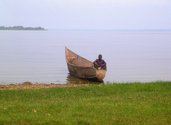 boatman: photo taken in Uganda