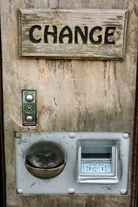 Change: Wooden change machine