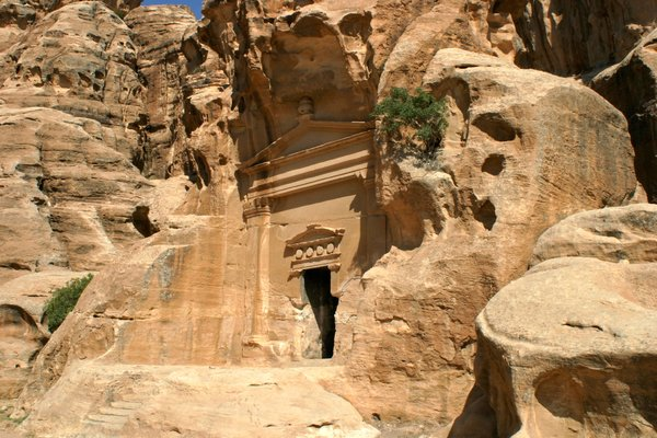 Petra 4: The famous
