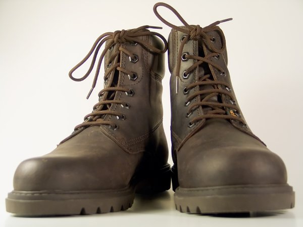 Boots 3: ...