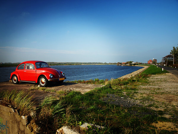 RedCar: Found this nice red car when i was looking for a good landscape pict.