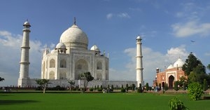 Taj Mahal from left angle