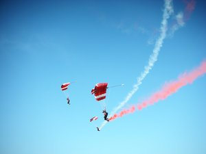 Aerobatic show 2: Air show in Abu dhabi