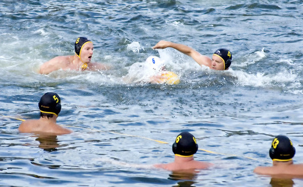 "Waterpolo (artistic) 3: Please use credit ""Photo: www.2heads.co.za"" and I'll keep sharing!  :-)"