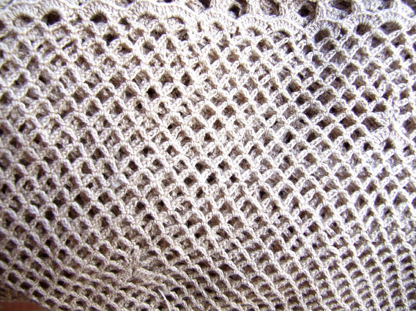 crocheted cloth: crocheted table cloths