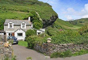 old house: old house near tintagel - cornwall