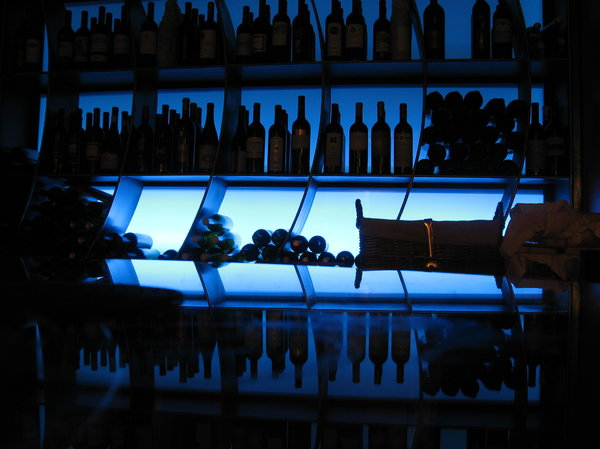 WINE BAR LIGHTS: