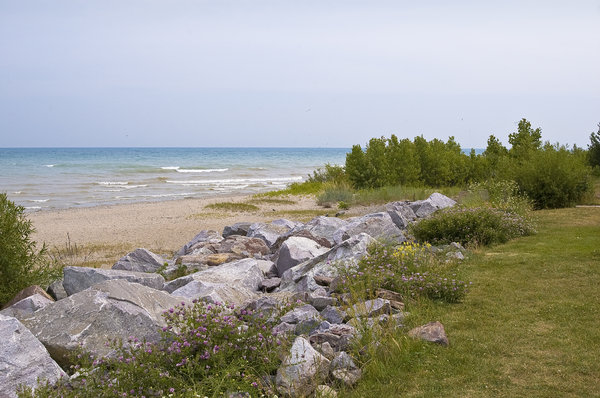 Rocky Beach: A rocky lake Michigan beach At Wind Point in Wisconsin.