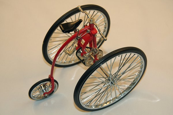 Tricycle miniature 3