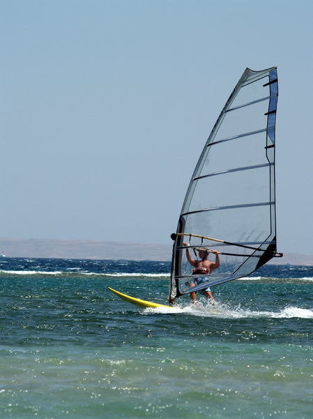 Windsurf 3: Windsurfing in Egypt.
