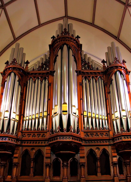 church organ pipes: traditional church organ pipes