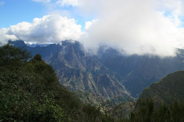 Volcanic mountains: Volcanic mountains at the centre of Madeira.