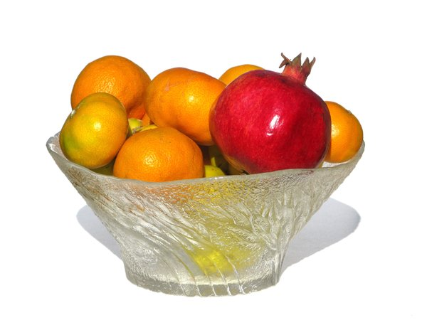 bowl with fruits: none