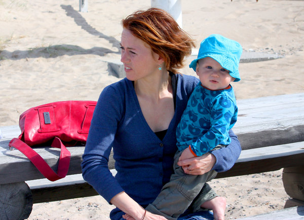 Beach: Wind, beach, sand, mother and son, Denmark, bench, vacation
