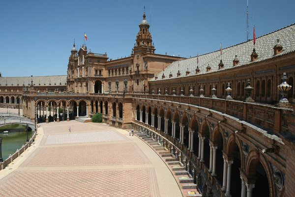 Plaza de España: Part of the magnificent Plaza de España in Seville, Spain.