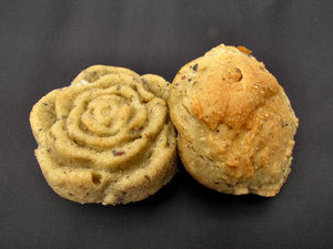 Rosy buns1: small home-baked multigrain bread buns shaped like a rose