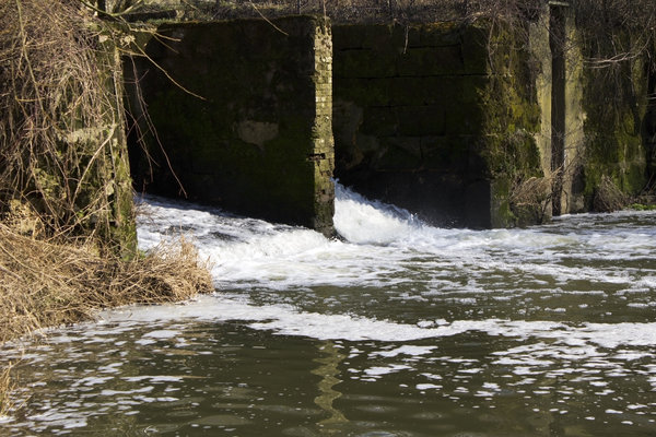 Old sluice channels: Old sluice channels associated with maintaining the water level of a canal in West Sussex, England.