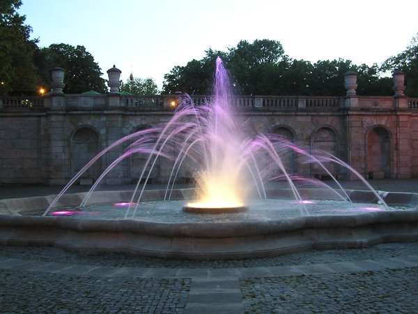 Fountain: A fountain in the park in Warsaw.