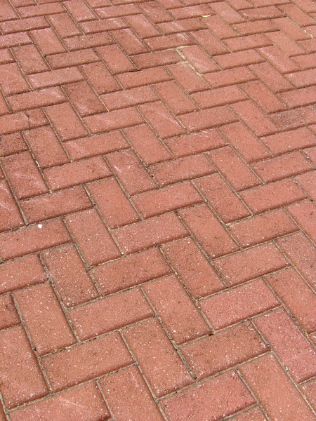 zig-zag pavement1: footpath of angle patterned paving bricks