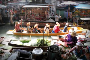 Floating Market 3: Scene from floating market in Bangkok