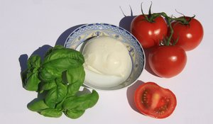 Italian food I: Basil, mozzarella and tomato in the colors of Italy