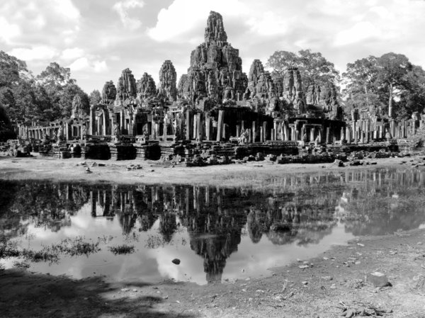 angkor reflections7
