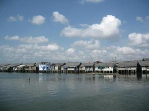 Floating houses 2