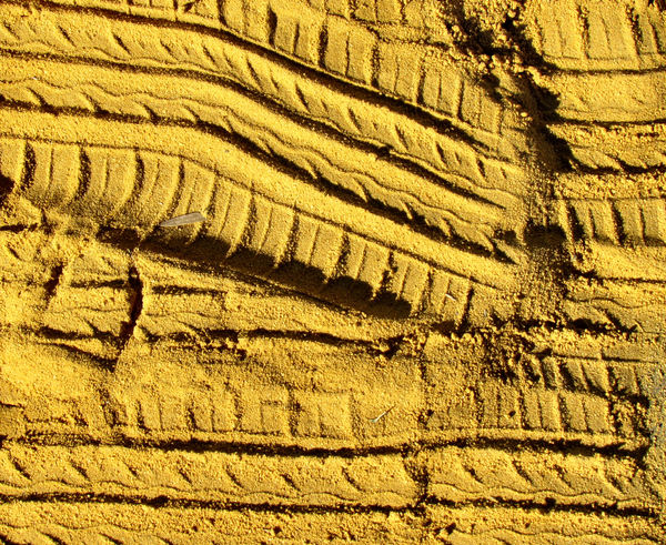 sandtracks4: impressions left on sand and soil in active workplace