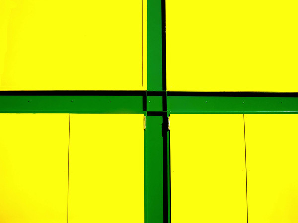 green cross: No description