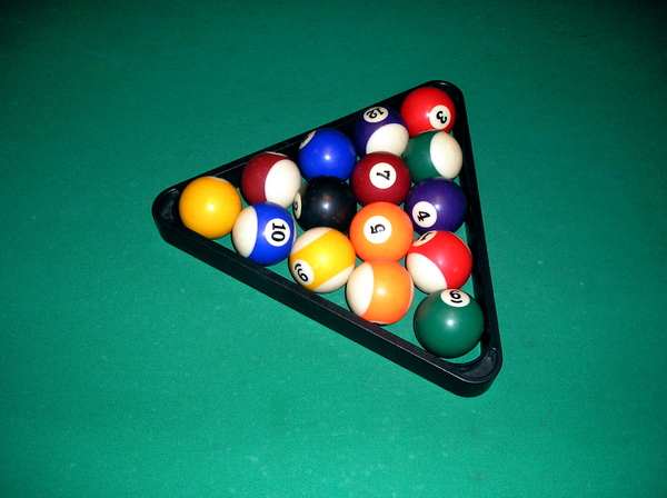 billiards balls in a triangle: No description