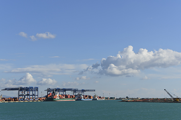 Sardinia commercial port conta