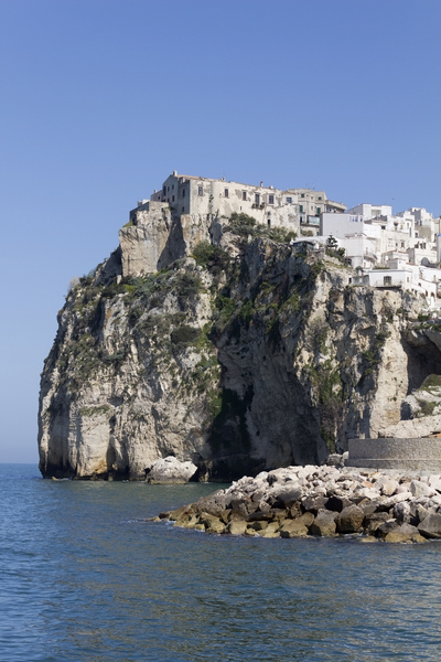 Town on the cliff: A town on a coastal clifftop in southern Italy.