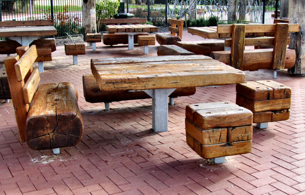 rustic picnic furniture4