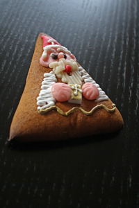 st nicholas - gingerbread, leb: nice made gingerbread of a bakery around the corner