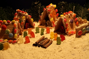 Christmas village 3: Gingerbread house from cookies