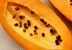 ripe pawpaw3: healthy and nutritious tropical ripe papaya fruit