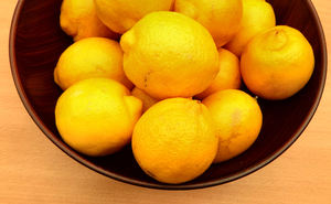 bowl of lemons3