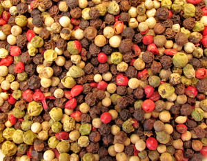 bowl of mixed peppercorns4