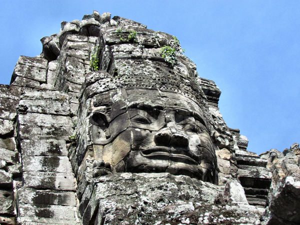 ancient angkor faces6