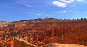 Sunset Point: Sunset Point, Bryce Canyon National Park, Bryce, Utah. Springtime