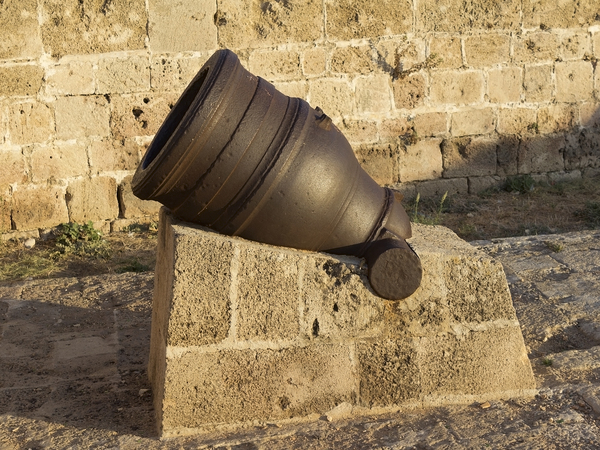 Old cannon: A cannon on the wall of the old city of Akko (= Acre), Israel.