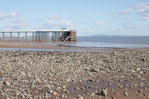 Penarth Pier: Penarth pier at low tide in the Bristol Cannel South Wales, UK 2nd highest rise and fall tide in the world