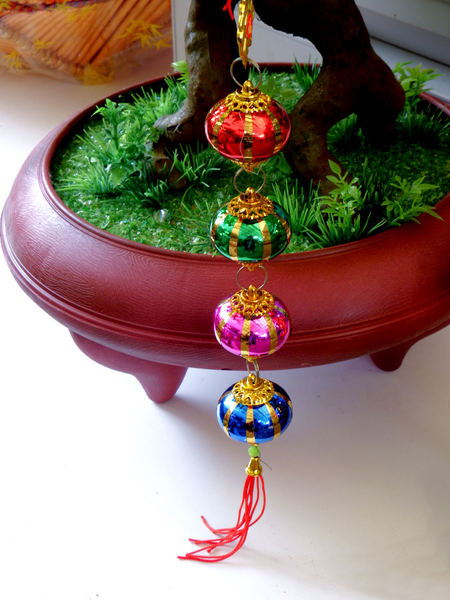 Chinese baubles1
