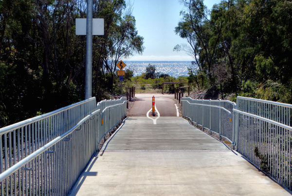 foot & cycle bridge5